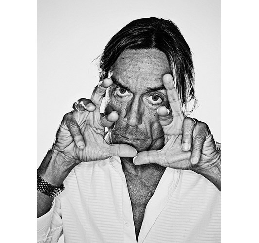 Rainer Hosch - Iggy Pop, Miami Beach 2003 - Inkjet eco-solvent print on 265 grms MLFD grafiprint paper  Edition of 5 + 2 AP - 104 x 136 cm, 41 x 53.5 in